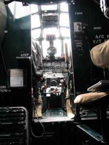 B24-cockpitforweb