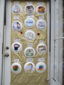 Holiday_Door_Decoratingforweb3